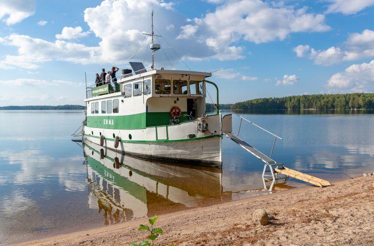 Emma-laivaa on Saimaa pyörällä ja laivalla matkan kohokohta.